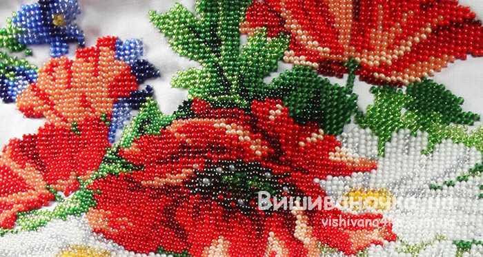 Вишита бісером жіноча вишиванка 7012 - фото 3 vishivano4ka.com.ua 076a6fcf7b490