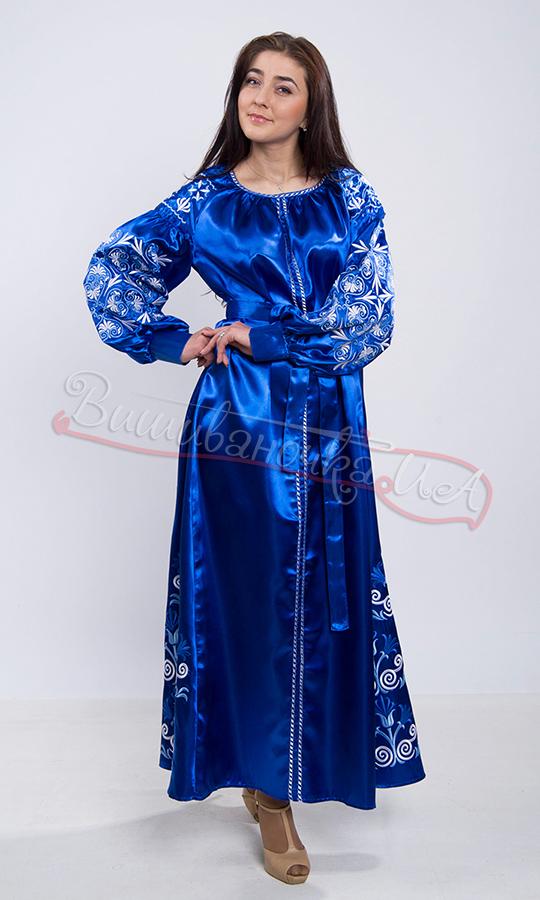 Вишите плаття з атласу 83f87d5228b5a
