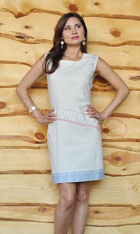 Жіноче плаття з синьою вишивкою П01 d5ddd98d3cdd3