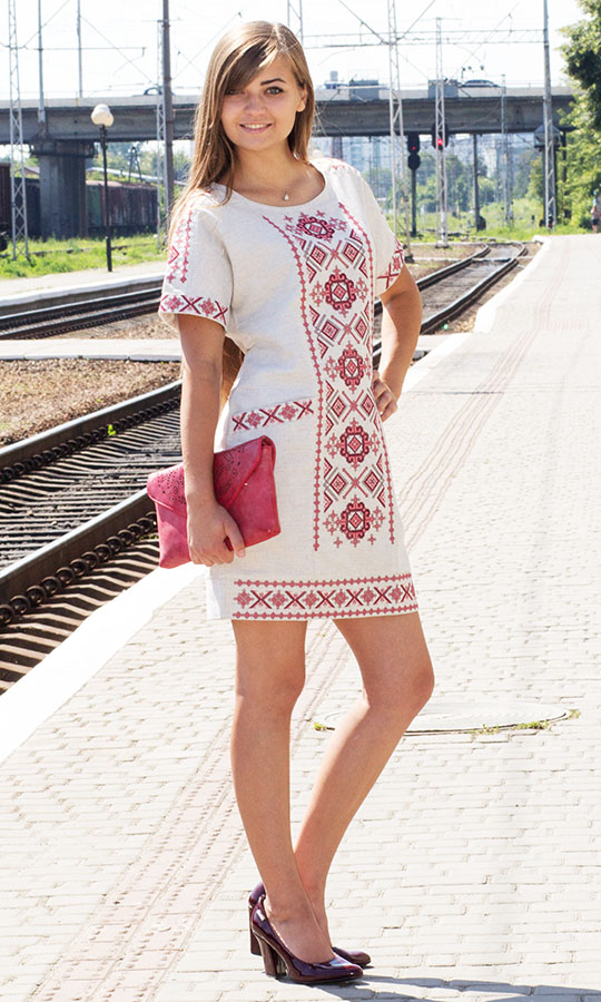 Святкові вишиті сукні в інтернет-магазині «Вишиваночка» c6664cffe6f6d