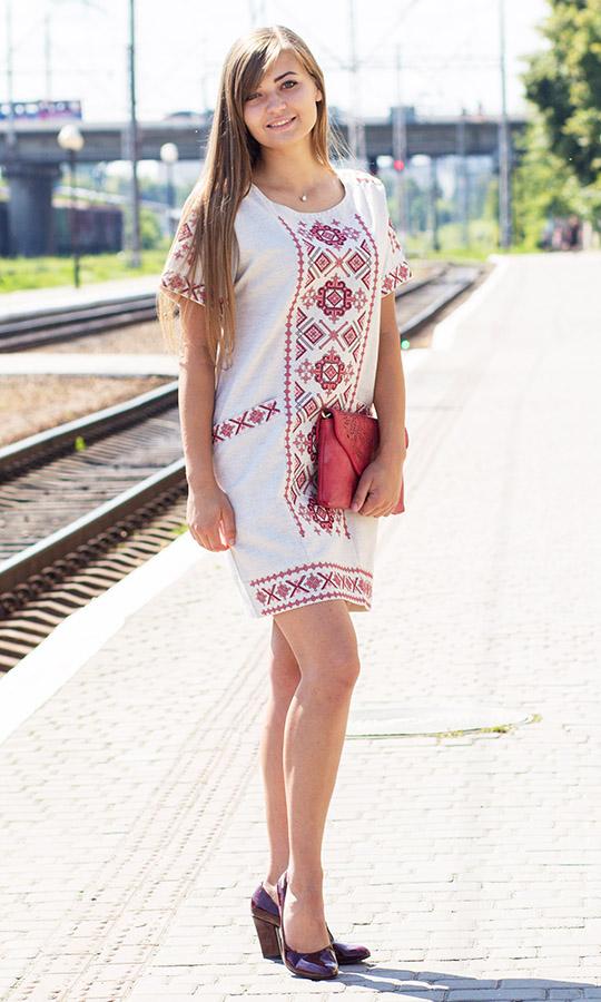 Купити жіноче вишите плаття a3210c6bd6850