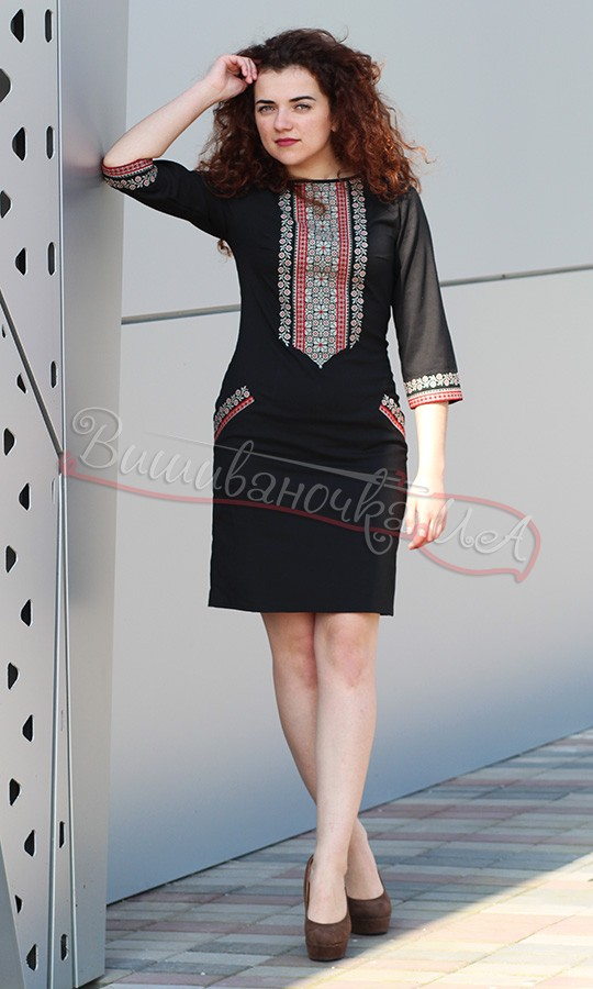 Чорне жіноче плаття з вишивкою 4114 25ef50d2a6267