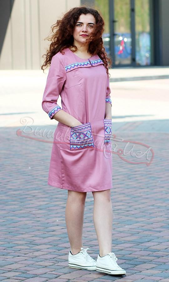 Современные платья-вышиванки  249705bdbf447